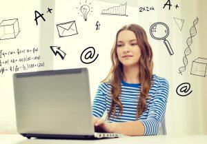 adolescenta care studiaza